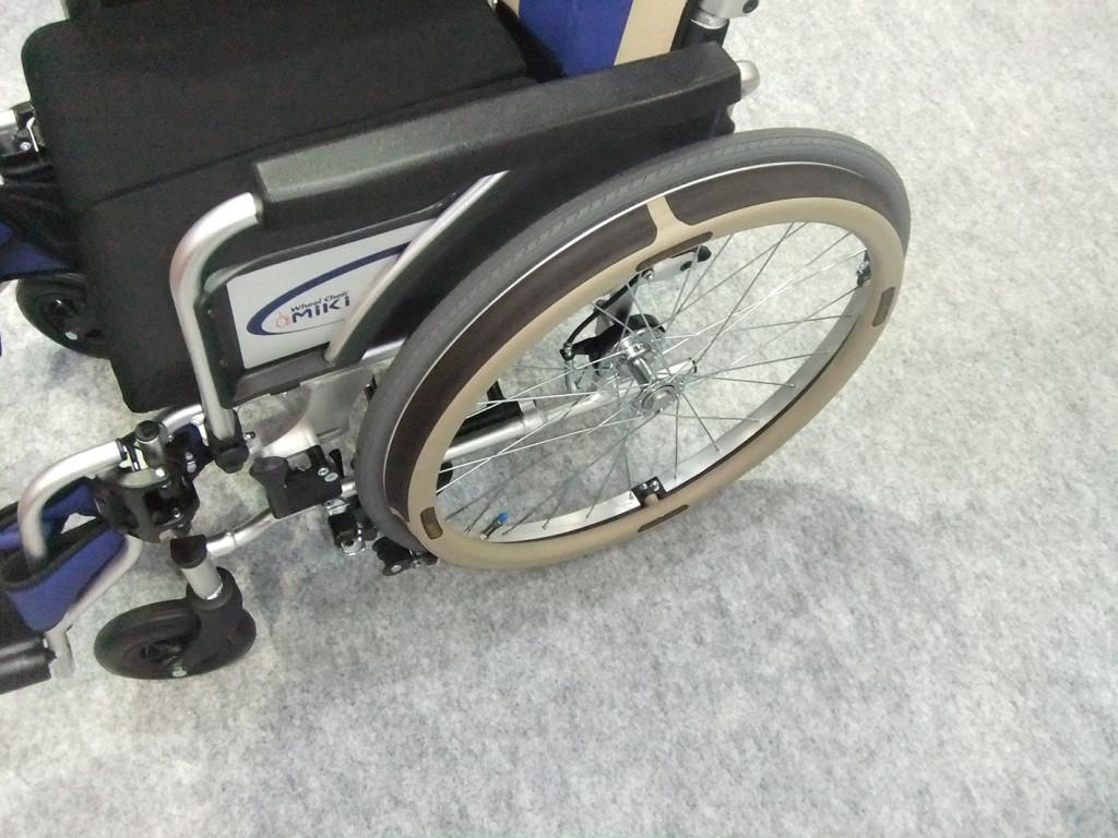 ミキ 車椅子